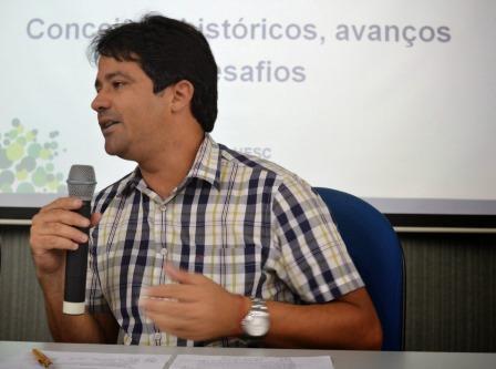Alessandro Fernandes de Santana - Proex UESC